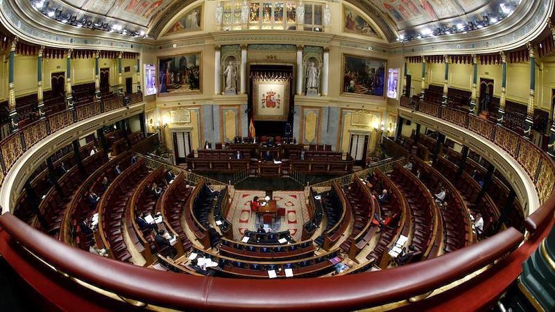 Una mayoría del Congreso exige el cese del bloqueo para renovar las instituciones