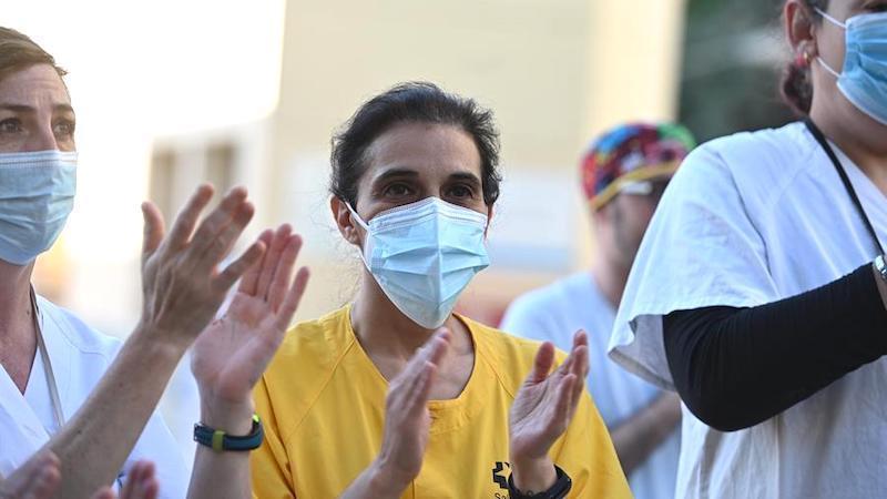 España alcanza 27.121 fallecidos tras sumar 39 en siete días, dos más en 24 horas