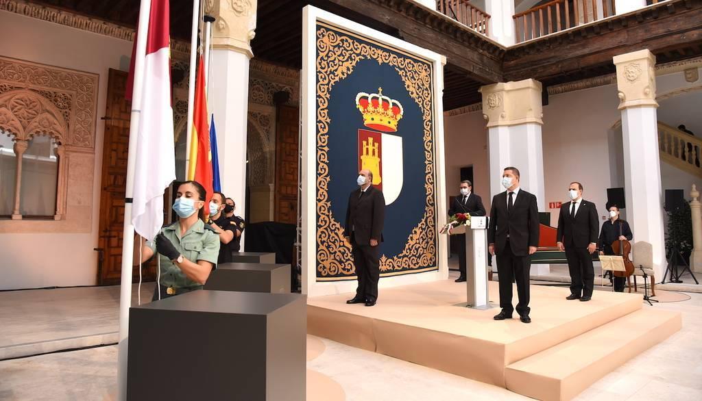 Castilla-La Mancha celebra su día con recuerdo a las víctimas en un acto de gratitud