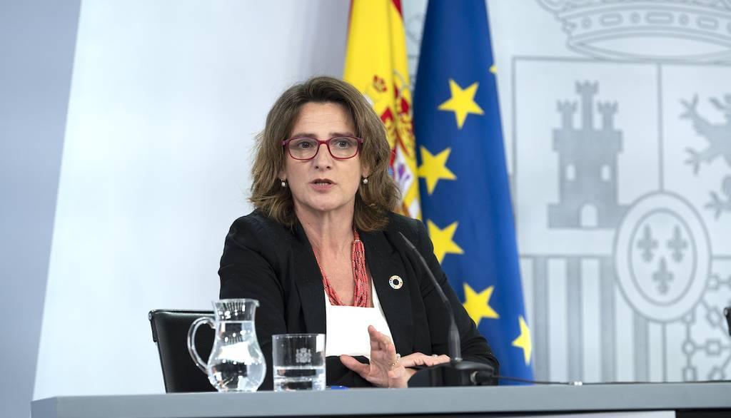 El Gobierno de España gravará fiscalmente los envases de plástico de un solo uso