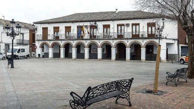 PP y PSOE de Dosbarrios presentan una moción de censura contra la alcaldesa de Cs