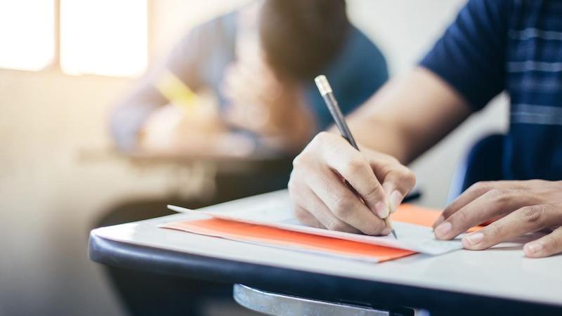 Junta convoca las pruebas para obtener 19 títulos de Formación Profesional
