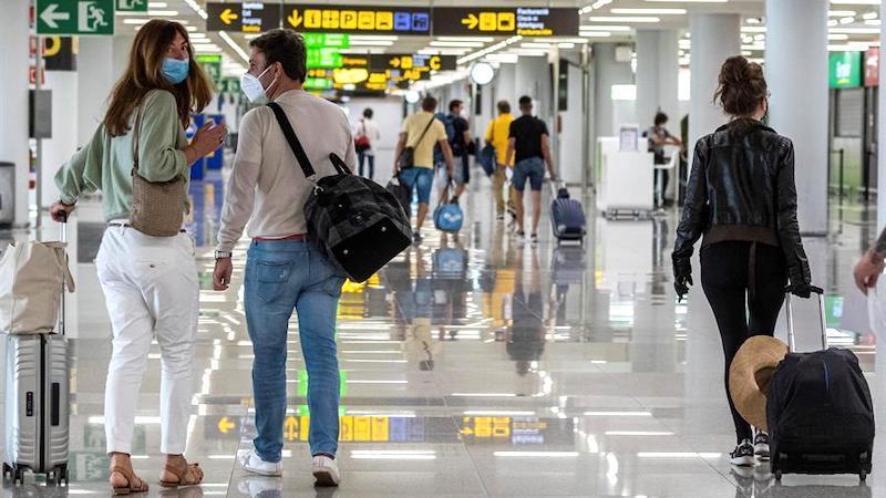 El turismo, entre los sectores que menos brotes y contagios ha registrado en meses