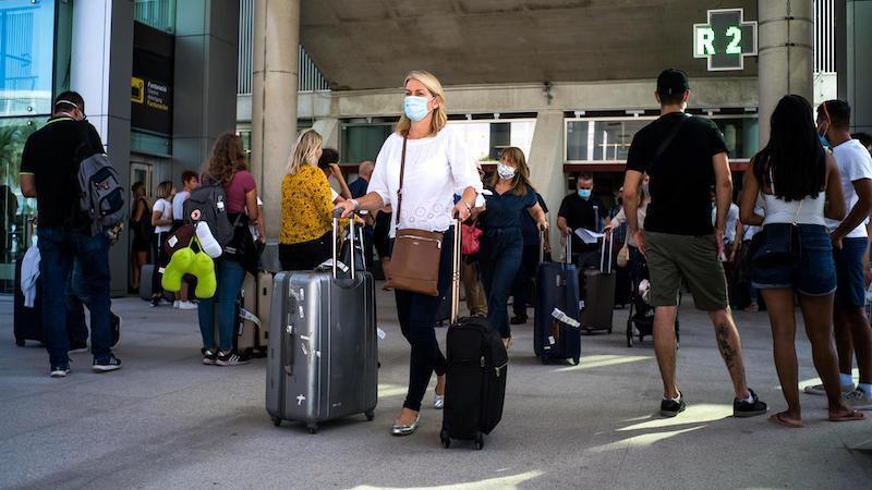 Casi la totalidad de países Schengen recomiendan actualmente no viajar a España