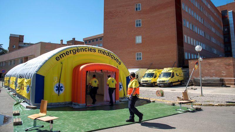 Lleida vuelve al confinamiento y más comunidades regularán el uso obligatorio de mascarillas