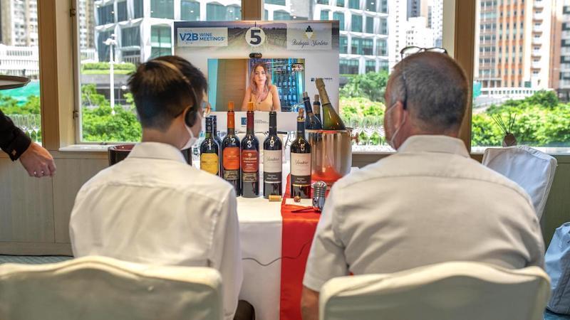 Ocho bodegas de CLM participan en un encuentro comercial virtual en Hong Kong