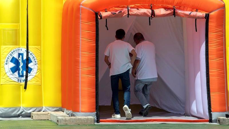 Continúan los brotes de coronavirus en toda España con más contagios en Hospitalet y Tudela