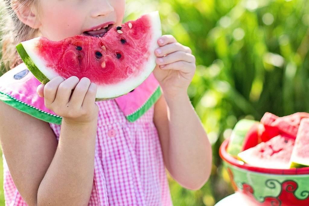 ¡A merendar! 5 recetas para que los niños coman fruta en casa