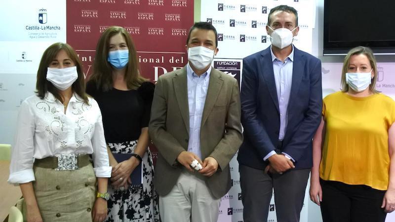 Agricultura afirma que ningún vino con etiqueta de CLM está implicado en el fraude