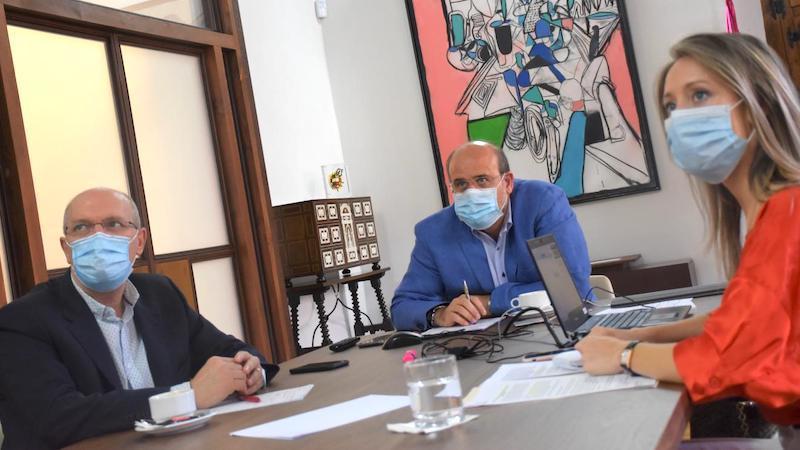 Los Gobiernos de Aragón, CLM y CyL piden en Bruselas ayudas por la despoblación