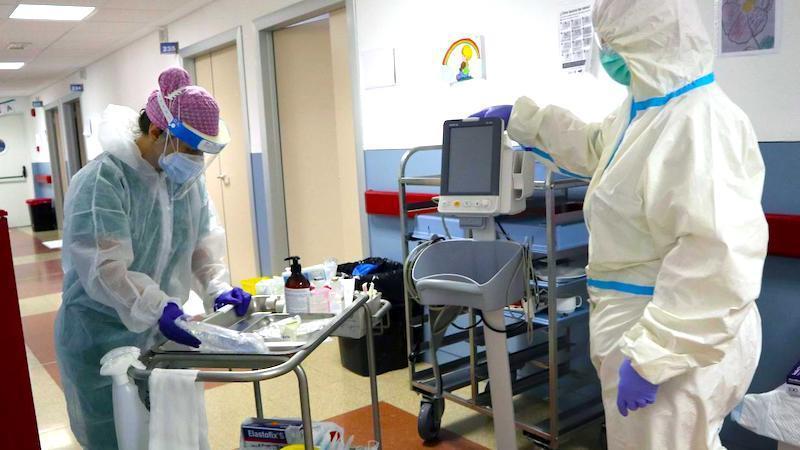 CLM registra 50 nuevos casos de coronavirus y un brote en un campamento de Ciudad Real
