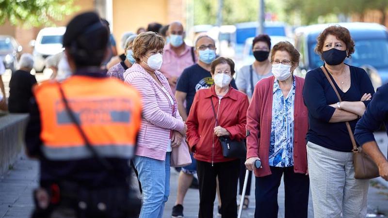 España entra en el otoño sumida en las incertidumbres de la segunda ola de coronavirus