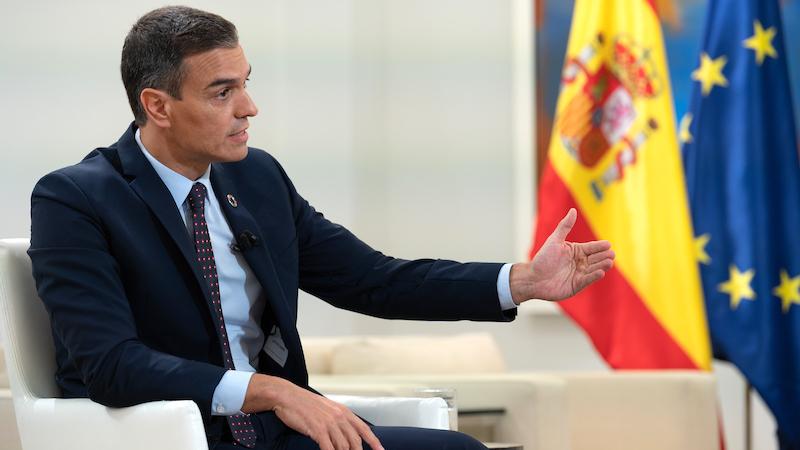 Sánchez no contempla confinar España aunque reconoce que
