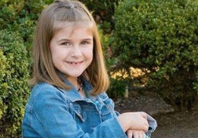 Muere una niña de 8 años tras ser castigada a saltar en un trampolín durante horas