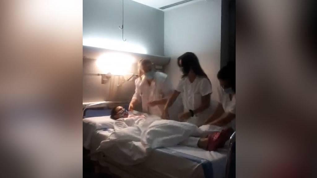 El vídeo viral de cuatro enfermeras que indigna a la red: están