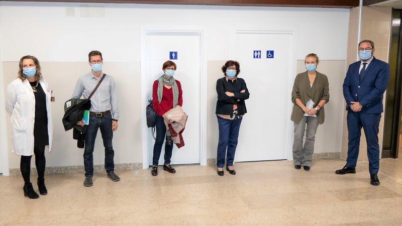 Junta dota al Hospital de Guadalajara de un baño adaptado para personas con ostomías