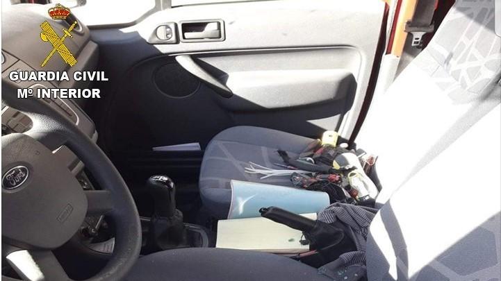 Detenidos cuatro jóvenes por 26 robos en el interior de vehículos en Toledo