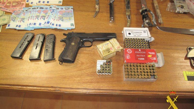 Desarticulado un punto de venta de droga en Ocaña con dos personas detenidas