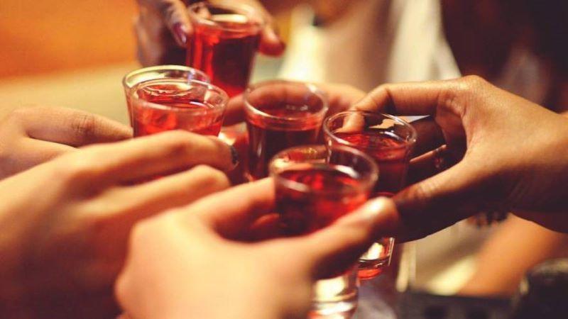 Sorprenden a ocho médicos en una fiesta ilegal organizada en un piso que tienen alquilado