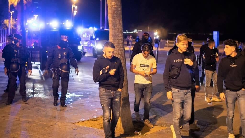 El primer fin de semana sin estado de alarma en España deja escapadas y botellones