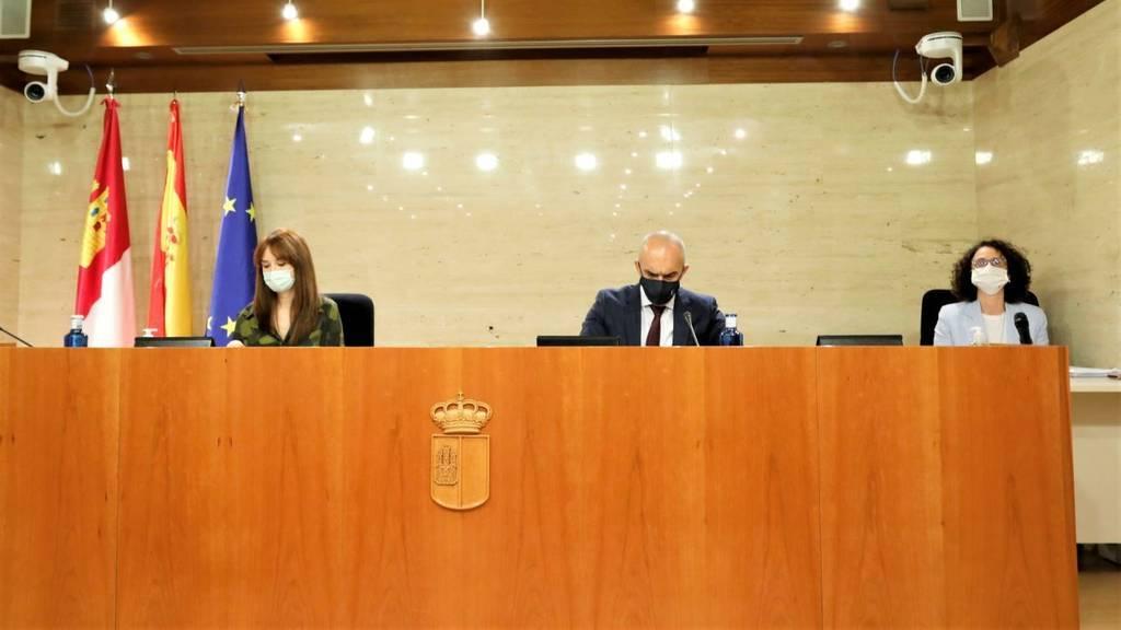 Solo el 2,1% de los citados para la vacuna contra la covid-19 en Castilla-La Mancha la rechazan