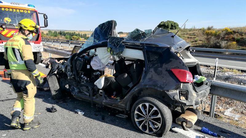 Mueren dos conductores en sendos accidentes de tráfico en carreteras secundarias