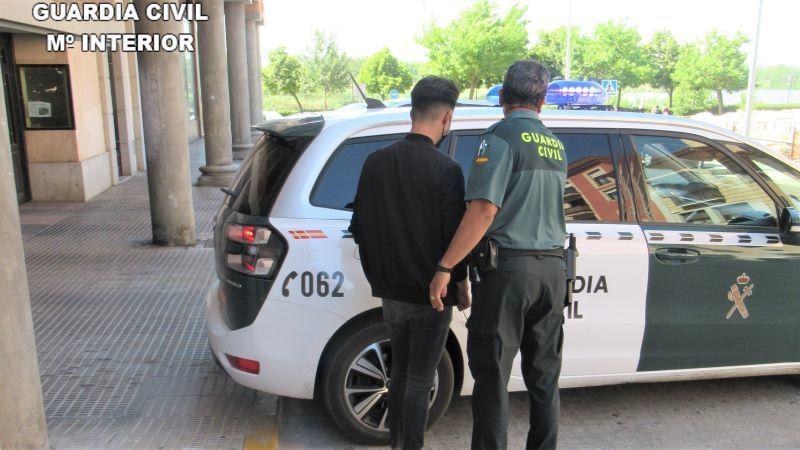 Detenido un joven de Talavera por abusos sexuales a una menor de 13 años en redes