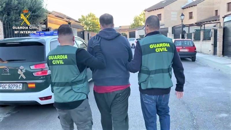 Detenido por robar en una gasolinera de Seseña tras encañonar a los clientes